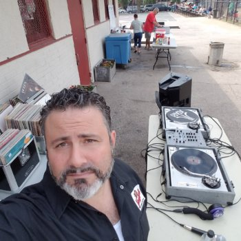 Discover dj_pete_phunk, disco, funk, reggae, 80's flashbacks, new-wave, house, chicago house, deep house, edm, hip hop dj in Oldsmar, FL, USA. Rate, follow, send a message and read about dj_pete_phunk on LiveTrigger.