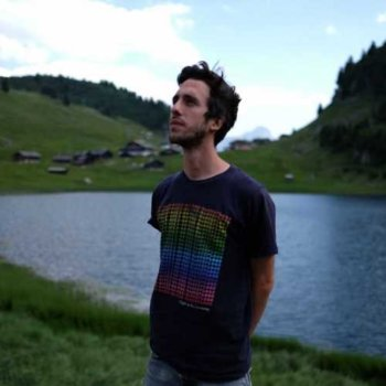 Discover Gelivan, trip-hop musician in Geneva, Switzerland. Rate, follow, send a message and read about Gelivan on LiveTrigger.