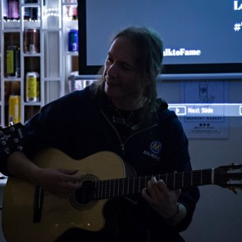 Discover Gen, spanish guitar / blues musician in London, UK. Rate, follow, send a message and read about Gen on LiveTrigger.