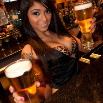 Discover International Office Sports Bar and Grill, club in Houston, TX, USA. Rate, follow, send a message and read about International Office Sports Bar and Grill on LiveTrigger.