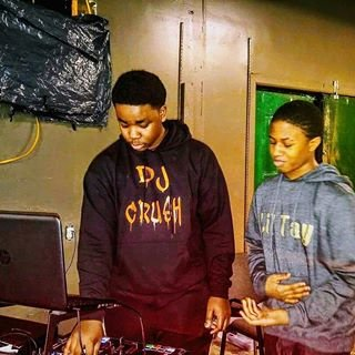 Discover Reggiekd35, hip hop dj in Detroit, MI, USA. Rate, follow, send a message and read about Reggiekd35 on LiveTrigger.